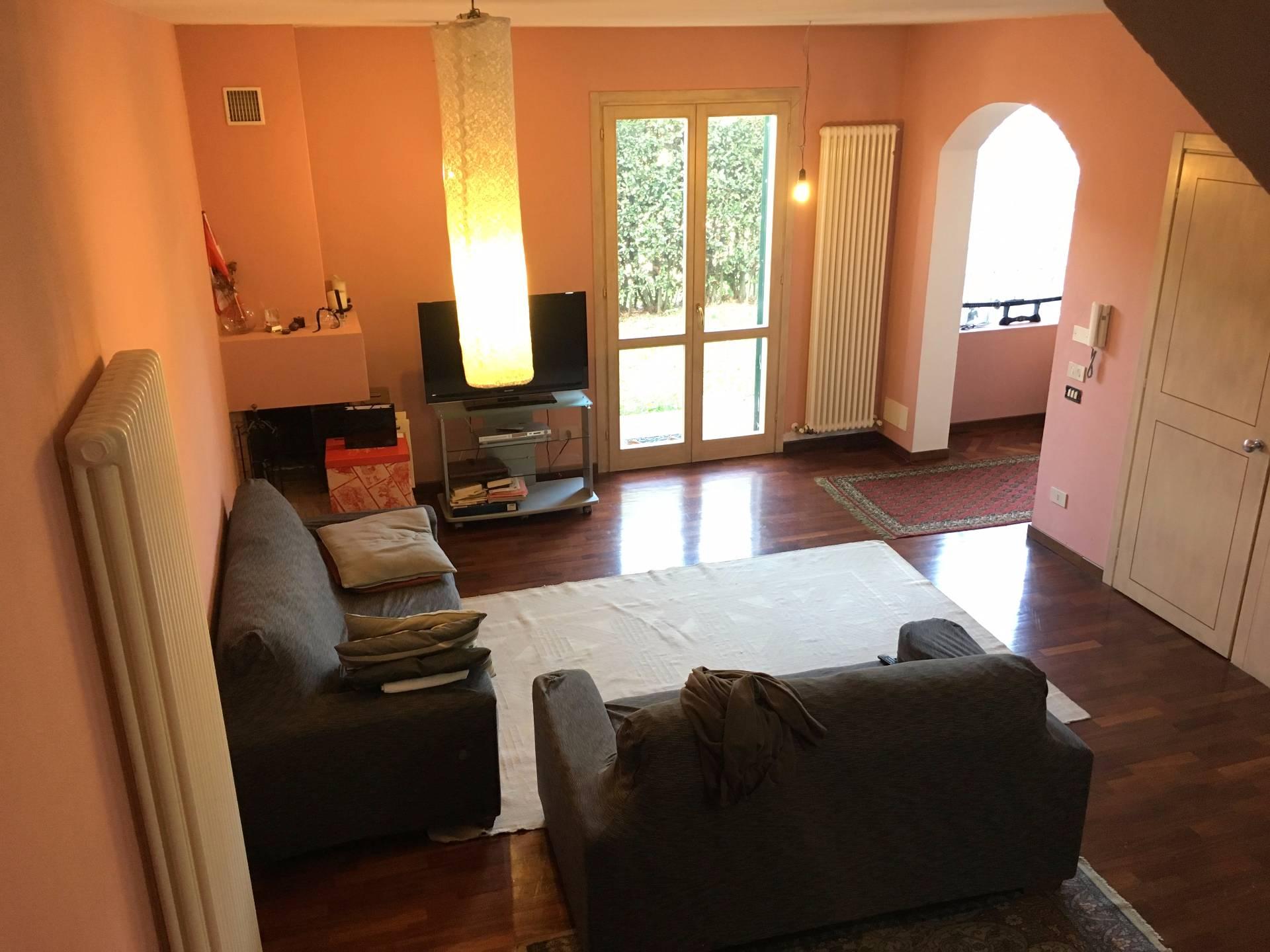 Soluzione Indipendente in vendita a Vicopisano, 3 locali, prezzo € 249.000 | Cambio Casa.it