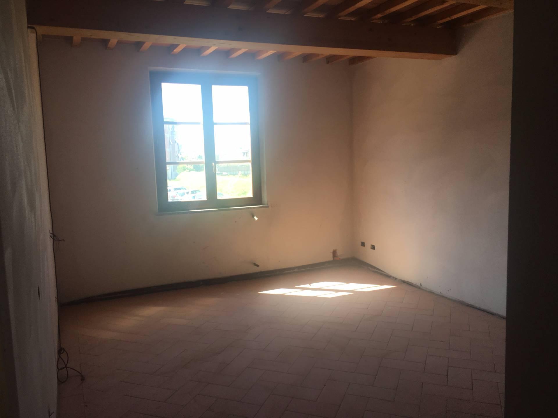 Appartamento in vendita a Ponsacco, 3 locali, prezzo € 139.000 | Cambio Casa.it