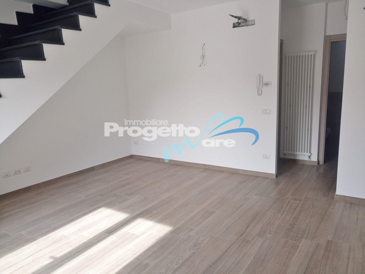 Appartamento in vendita a Pietra Ligure, 4 locali, zona Località: Soccorso, prezzo € 330.000   PortaleAgenzieImmobiliari.it