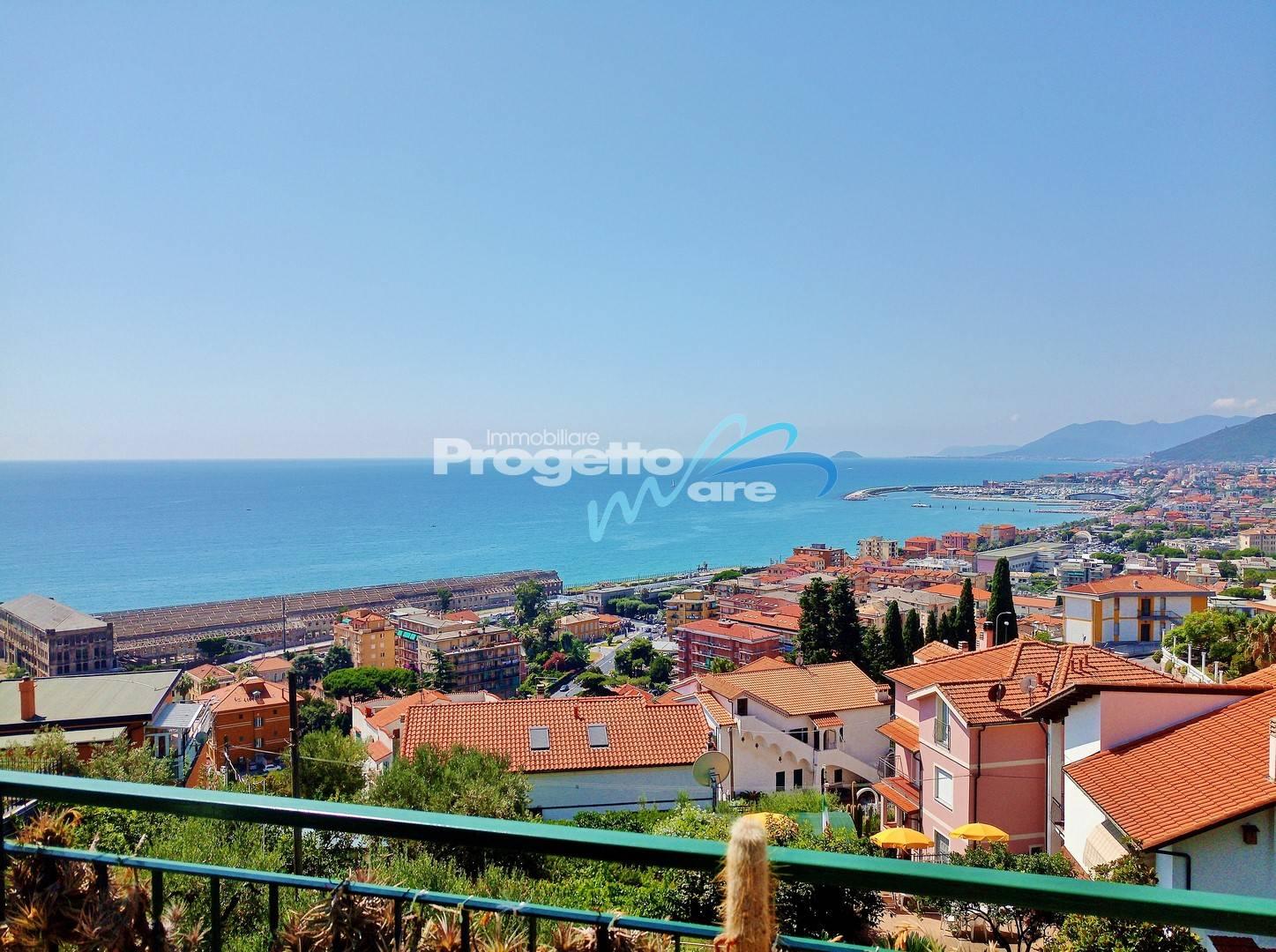 Appartamento in vendita a Pietra Ligure, 4 locali, zona Località: Trabocchetto, prezzo € 265.000 | PortaleAgenzieImmobiliari.it