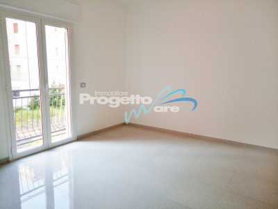 Appartamento Trilocale in Vendita a Pietra Ligure