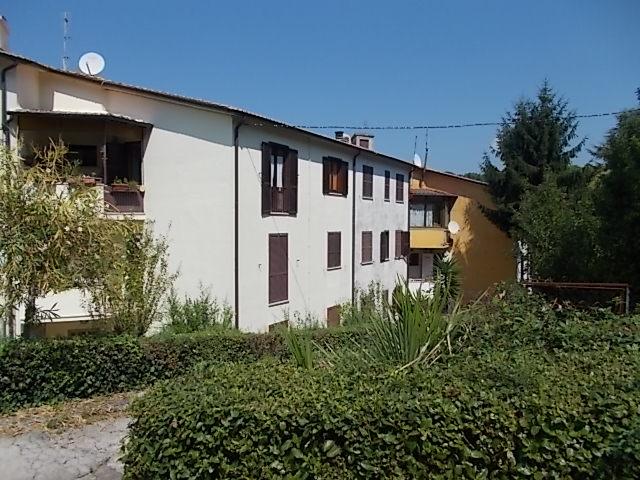 Appartamento in vendita a Lanuvio, 3 locali, prezzo € 140.000   CambioCasa.it