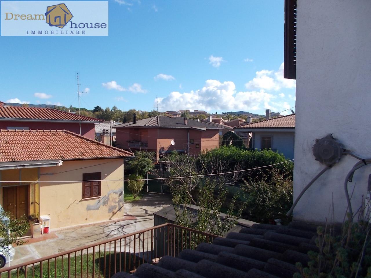 Attico / Mansarda in vendita a Genzano di Roma, 2 locali, prezzo € 55.000 | CambioCasa.it