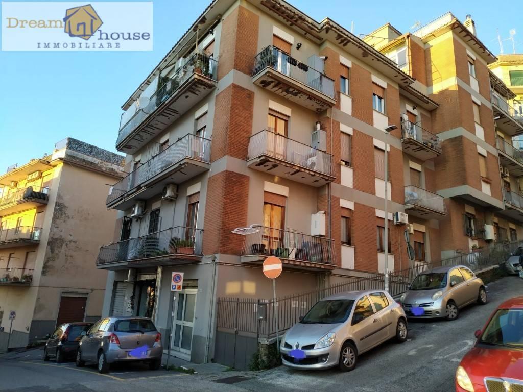Negozio / Locale in vendita a Albano Laziale, 9999 locali, prezzo € 45.000 | CambioCasa.it