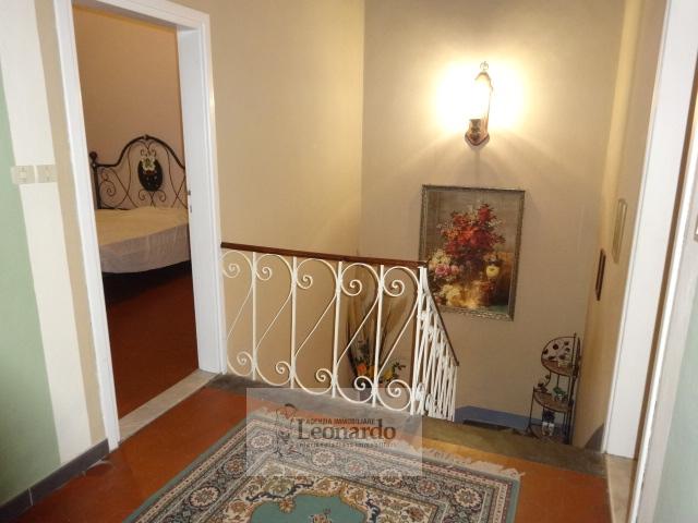 Soluzione Indipendente in vendita a Viareggio, 5 locali, zona Località: Centro, prezzo € 310.000   Cambio Casa.it