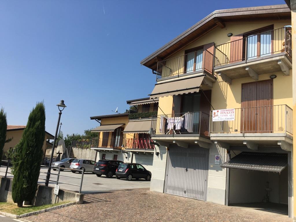 Appartamento in vendita a Cenate Sopra, 3 locali, prezzo € 129.000   CambioCasa.it