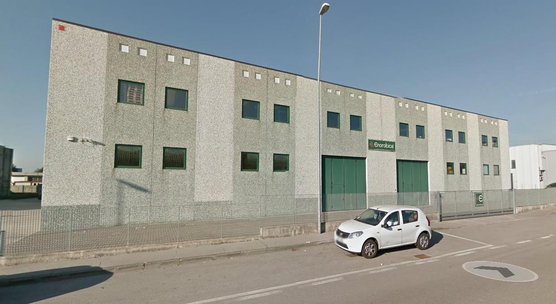 Capannone in vendita a Bagnatica, 9999 locali, prezzo € 899.000 | CambioCasa.it