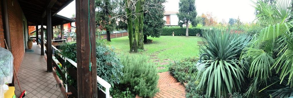 Villa in vendita a Verdellino, 7 locali, prezzo € 259.000 | CambioCasa.it