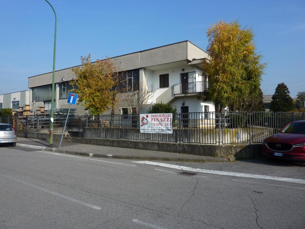 Capannone in vendita a Calcinate, 9999 locali, prezzo € 530.000 | CambioCasa.it