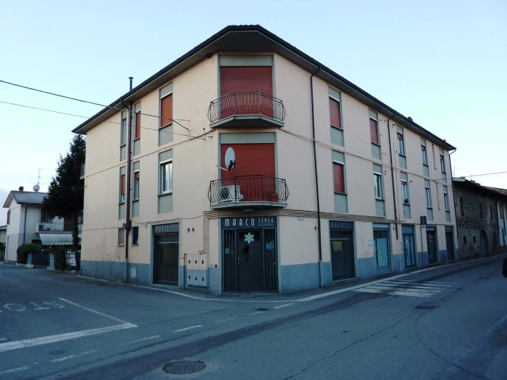 Appartamento in vendita a Mornico al Serio, 4 locali, prezzo € 75.000 | CambioCasa.it
