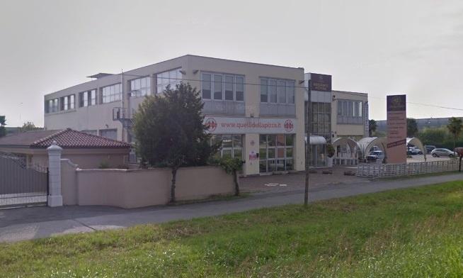 Negozio / Locale in vendita a Calcinate, 9999 locali, prezzo € 650.000 | CambioCasa.it
