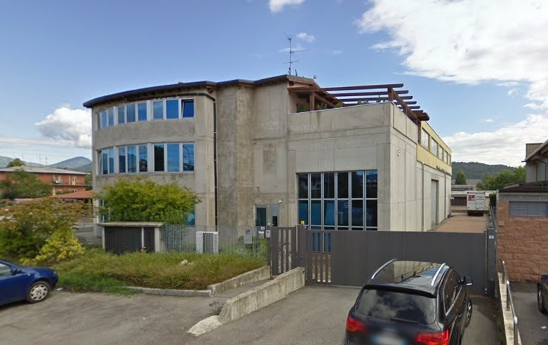 Capannone in vendita a Gorlago, 9999 locali, prezzo € 290.000 | CambioCasa.it