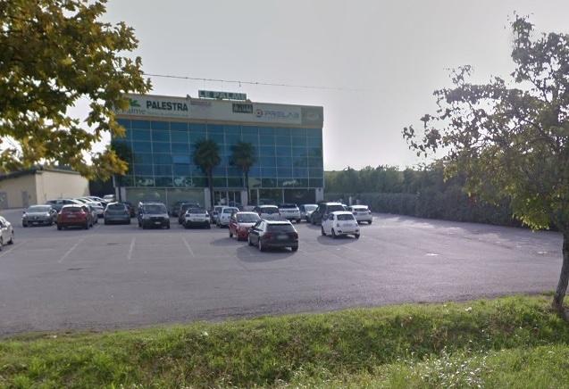 Negozio / Locale in vendita a Calcinate, 9999 locali, prezzo € 800.000 | CambioCasa.it