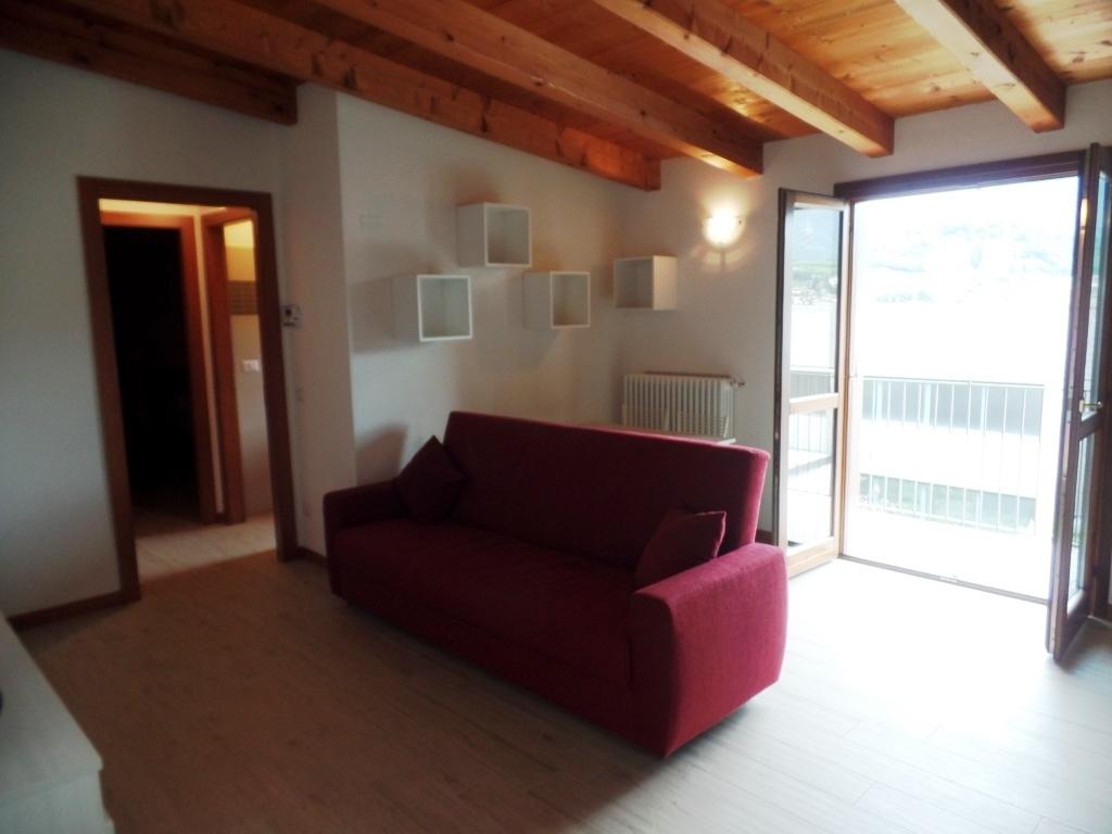 Appartamento in affitto a Cenate Sotto, 2 locali, prezzo € 450 | CambioCasa.it