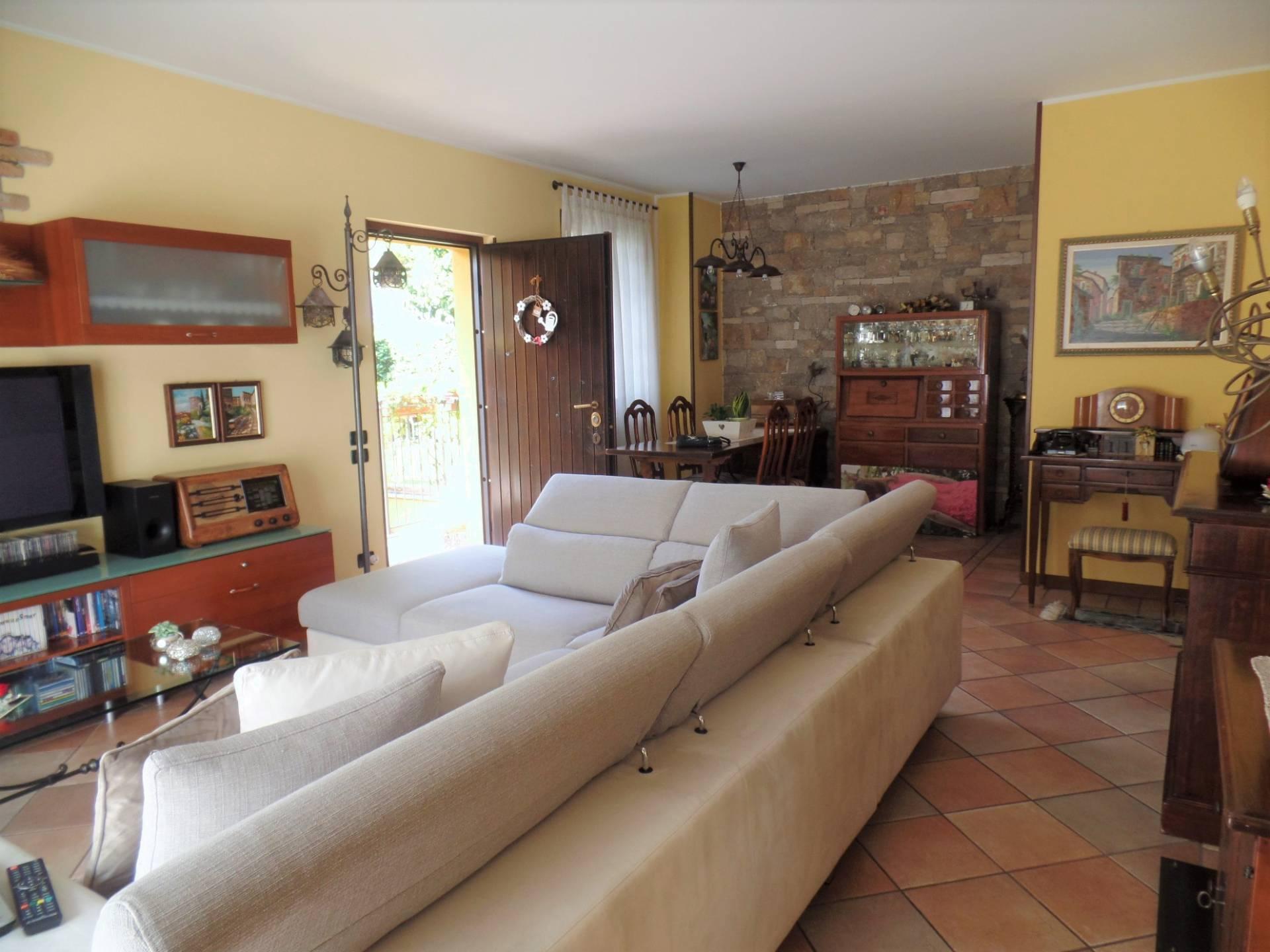 Appartamento in vendita a Torre de' Roveri, 6 locali, prezzo € 295.000 | CambioCasa.it