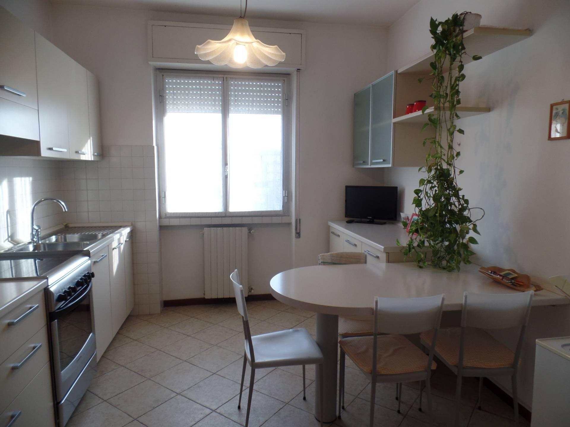 Appartamento in vendita a Grumello del Monte, 3 locali, prezzo € 137.000 | CambioCasa.it