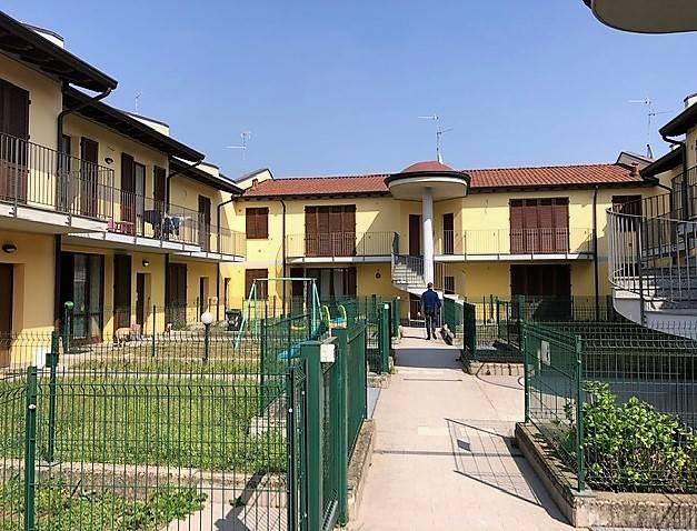 Appartamento in vendita a Antegnate, 3 locali, prezzo € 100.000 | CambioCasa.it