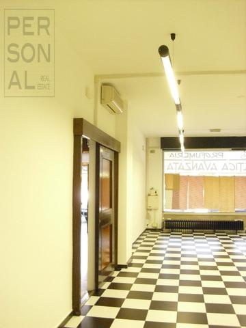 Negozio / Locale in vendita a Trento, 9999 locali, prezzo € 280.000   Cambio Casa.it