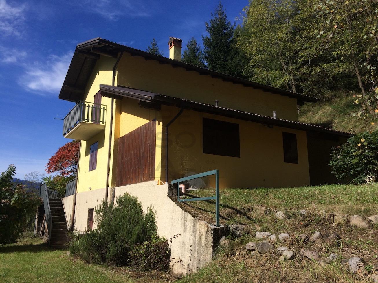 Soluzione Indipendente in vendita a Cavedine, 10 locali, zona Località: VigoCavedine, prezzo € 239.000   Cambio Casa.it