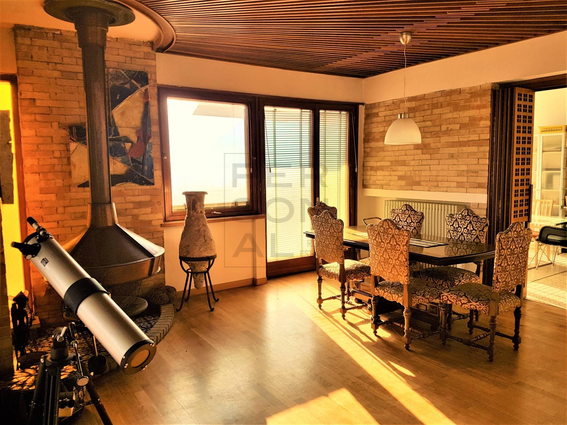 Appartamento in vendita a Lavis, 8 locali, prezzo € 349.000 | Cambio Casa.it