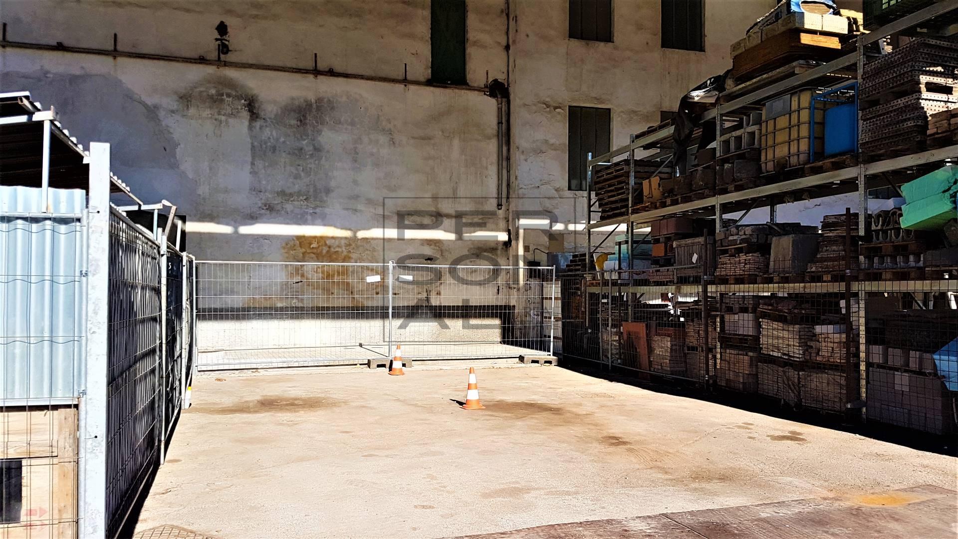 Magazzino in affitto a San Michele all'Adige, 9999 locali, zona Zona: Grumo, prezzo € 200 | Cambio Casa.it