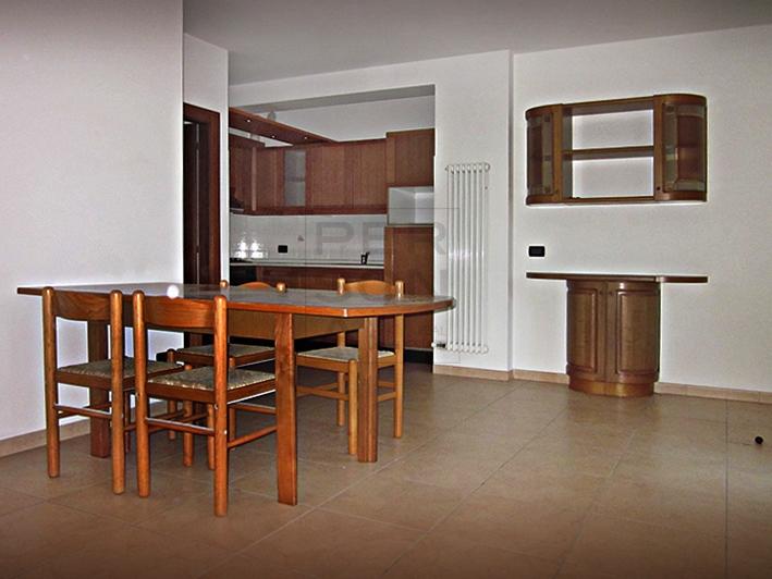 Appartamento in affitto a Calavino, 2 locali, zona Zona: Sarche, prezzo € 420 | CambioCasa.it