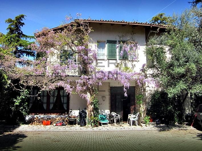 Villa in Vendita a Trento - Cod. A-X-305