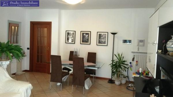 Appartamento in vendita a Bastida Pancarana, 3 locali, prezzo € 115.000   CambioCasa.it