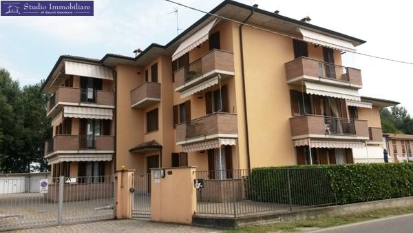 Appartamento in vendita a Bastida Pancarana, 3 locali, prezzo € 89.000 | CambioCasa.it