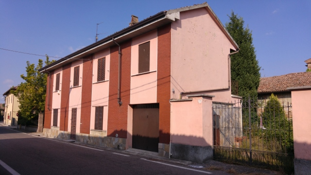 Soluzione Indipendente in vendita a Robecco Pavese, 3 locali, prezzo € 45.000   Cambio Casa.it