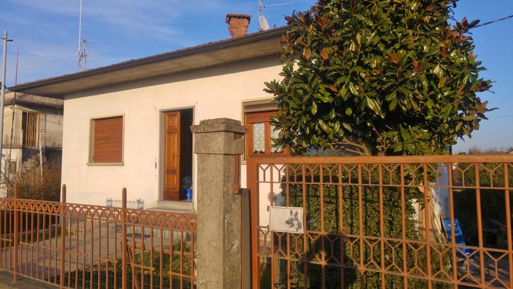 Soluzione Indipendente in vendita a Bressana Bottarone, 3 locali, prezzo € 129.000 | Cambio Casa.it
