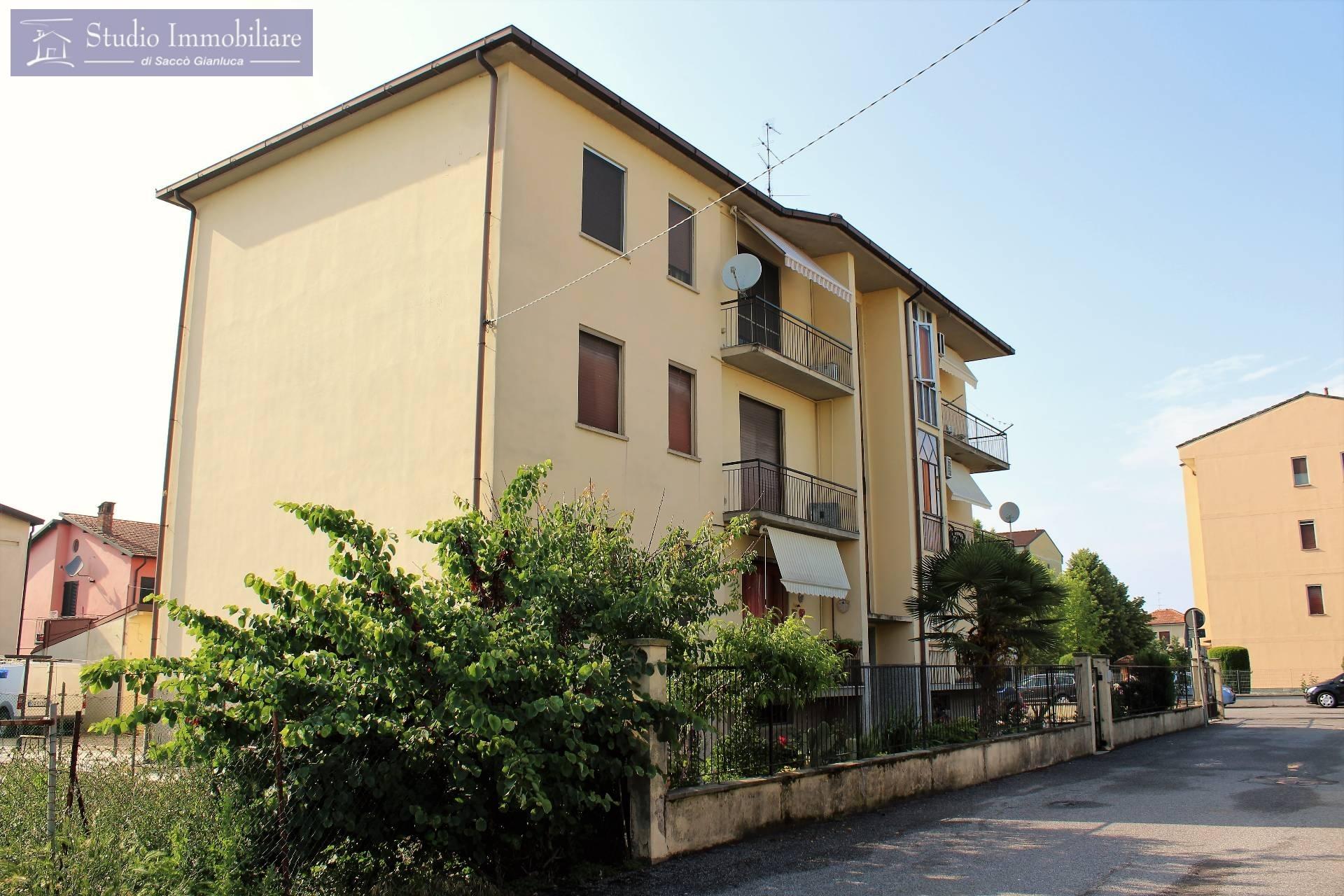 Appartamento in vendita a Bressana Bottarone, 3 locali, prezzo € 56.000 | CambioCasa.it
