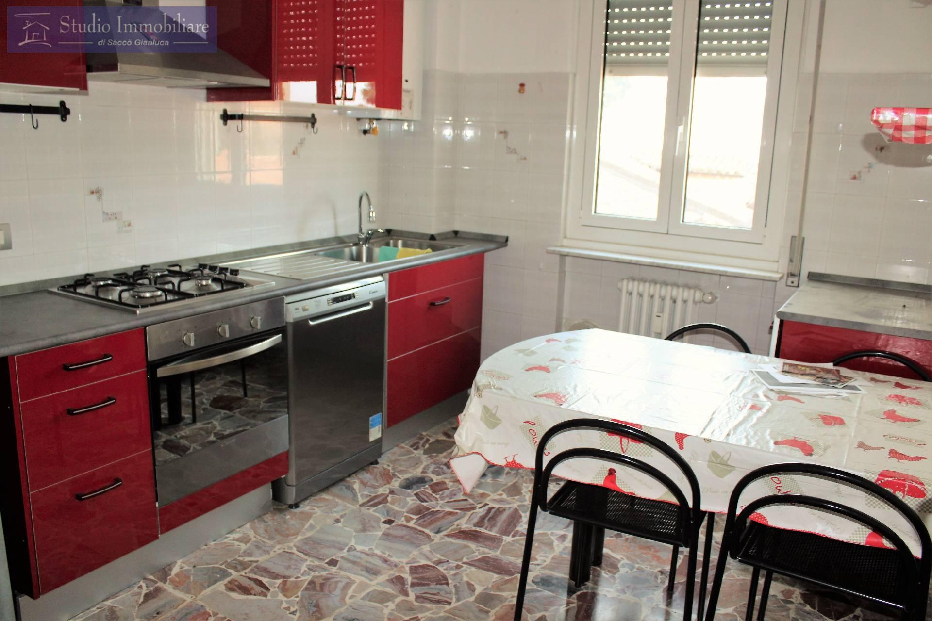 Appartamento in vendita a Cava Manara, 3 locali, prezzo € 89.000 | CambioCasa.it