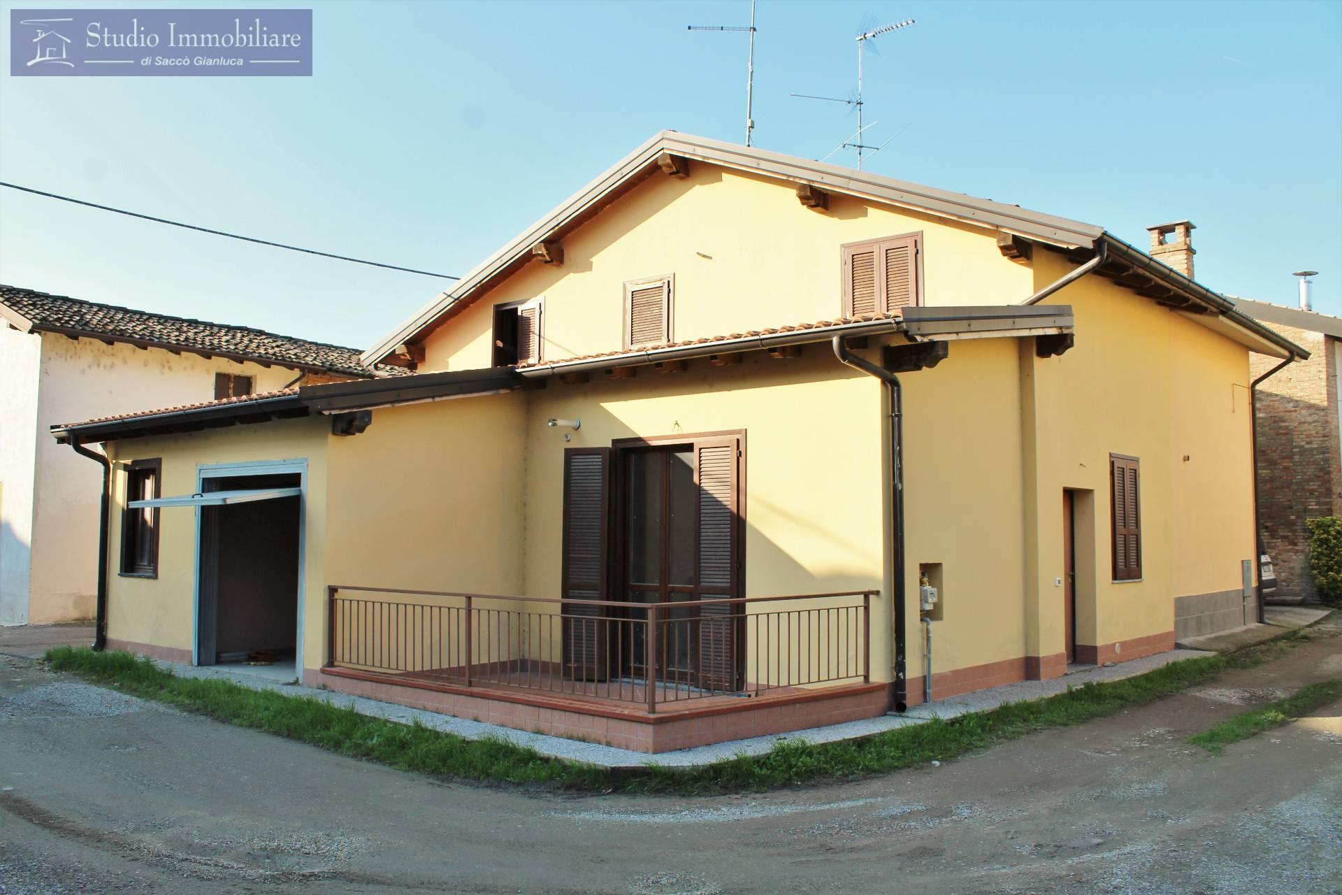 Villa a Schiera in vendita a Lungavilla, 3 locali, prezzo € 89.000   CambioCasa.it