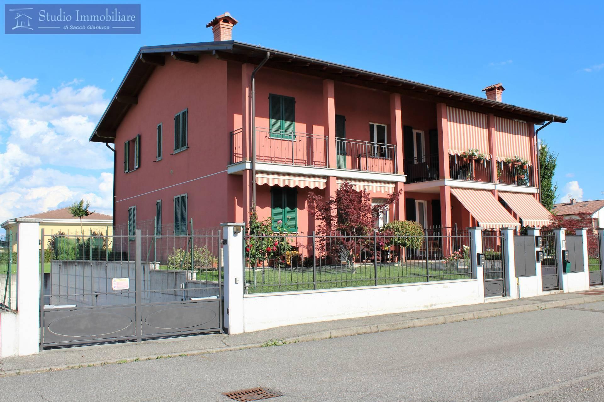 Appartamento in vendita a Pinarolo Po, 3 locali, prezzo € 89.000   CambioCasa.it