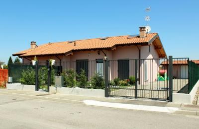 Villetta bifamiliare in Vendita a Bressana Bottarone