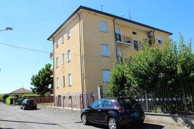 Appartamento in Vendita a Lungavilla