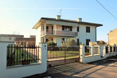 Porzione di villa bifamigliare in Vendita a Bressana Bottarone
