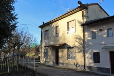 Casa semindipendente in Vendita a Broni