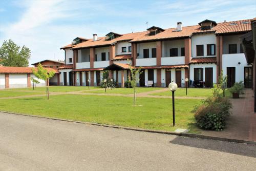 Appartamento in Vendita a Castelletto di Branduzzo