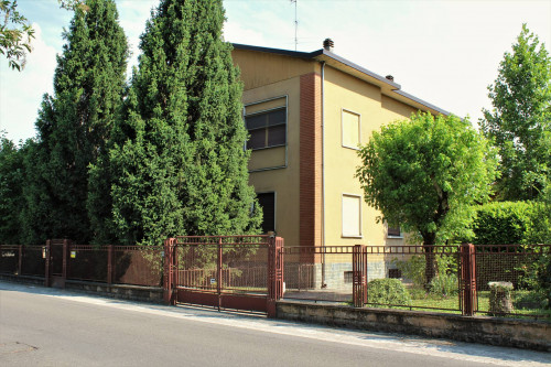 Villa Unifamigliare in Vendita a Pinarolo Po