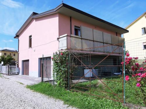 Casa indipendente in Vendita a Broni