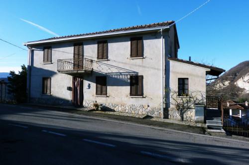 Casa indipendente in Vendita a Varzi