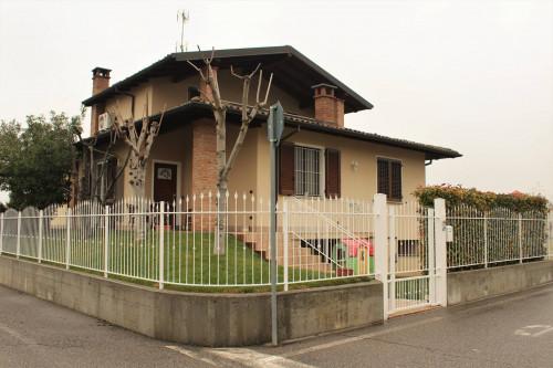 Porzione di villa bifamigliare in Vendita a Torricella Verzate