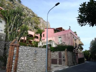 Attico in Vendita a Taormina