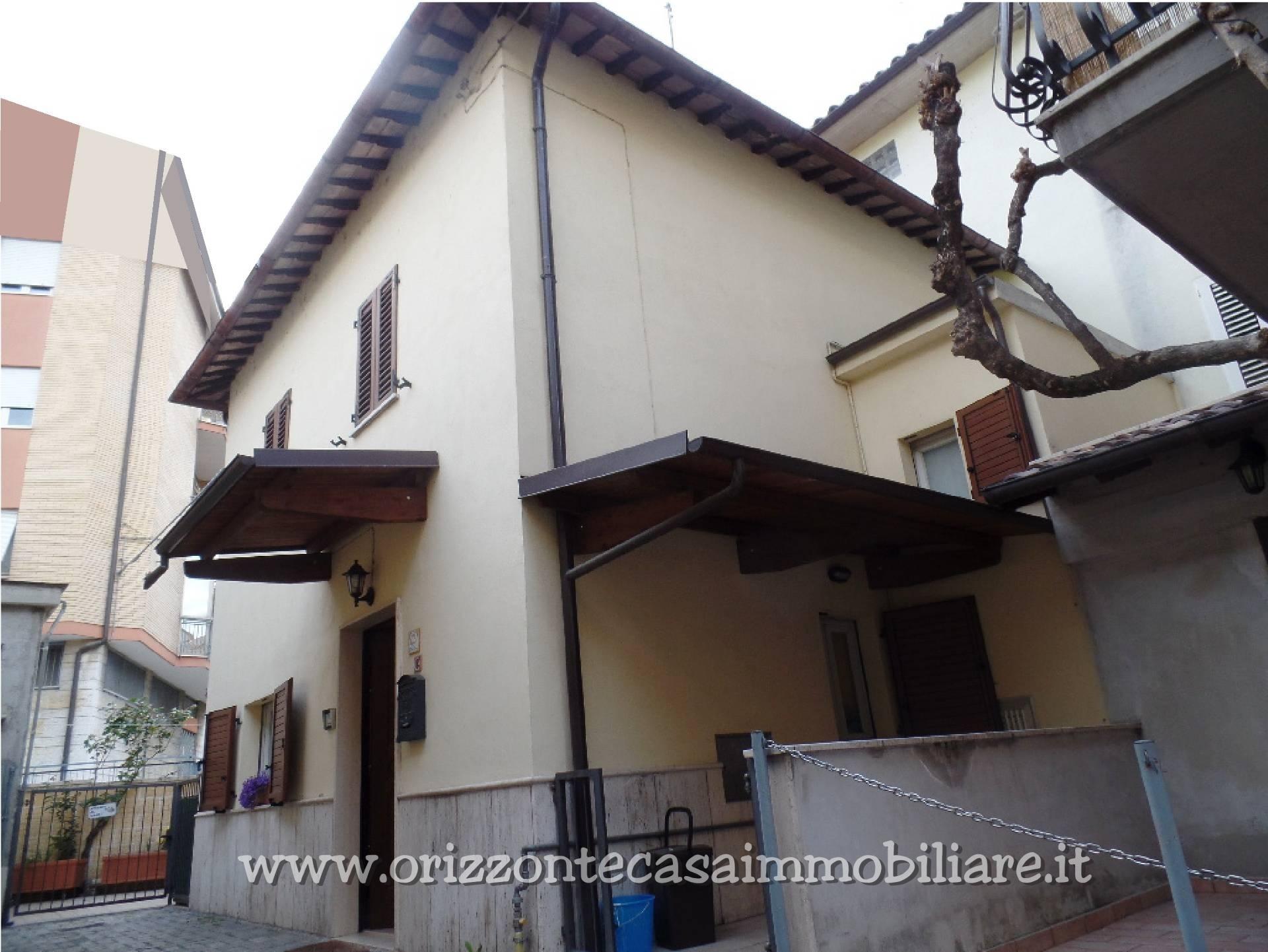 CIELO/TERRA in Vendita a Ascoli Piceno
