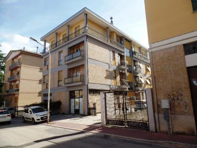 LOCALE COMMERCIALE in Affitto/Vendita a Ascoli Piceno