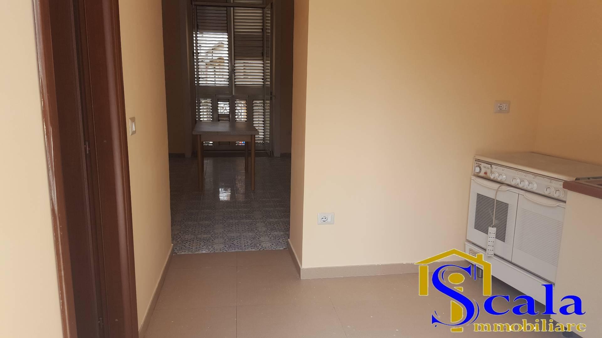 Appartamento in affitto a Santa Maria Capua Vetere, 3 locali, prezzo € 350 | Cambio Casa.it