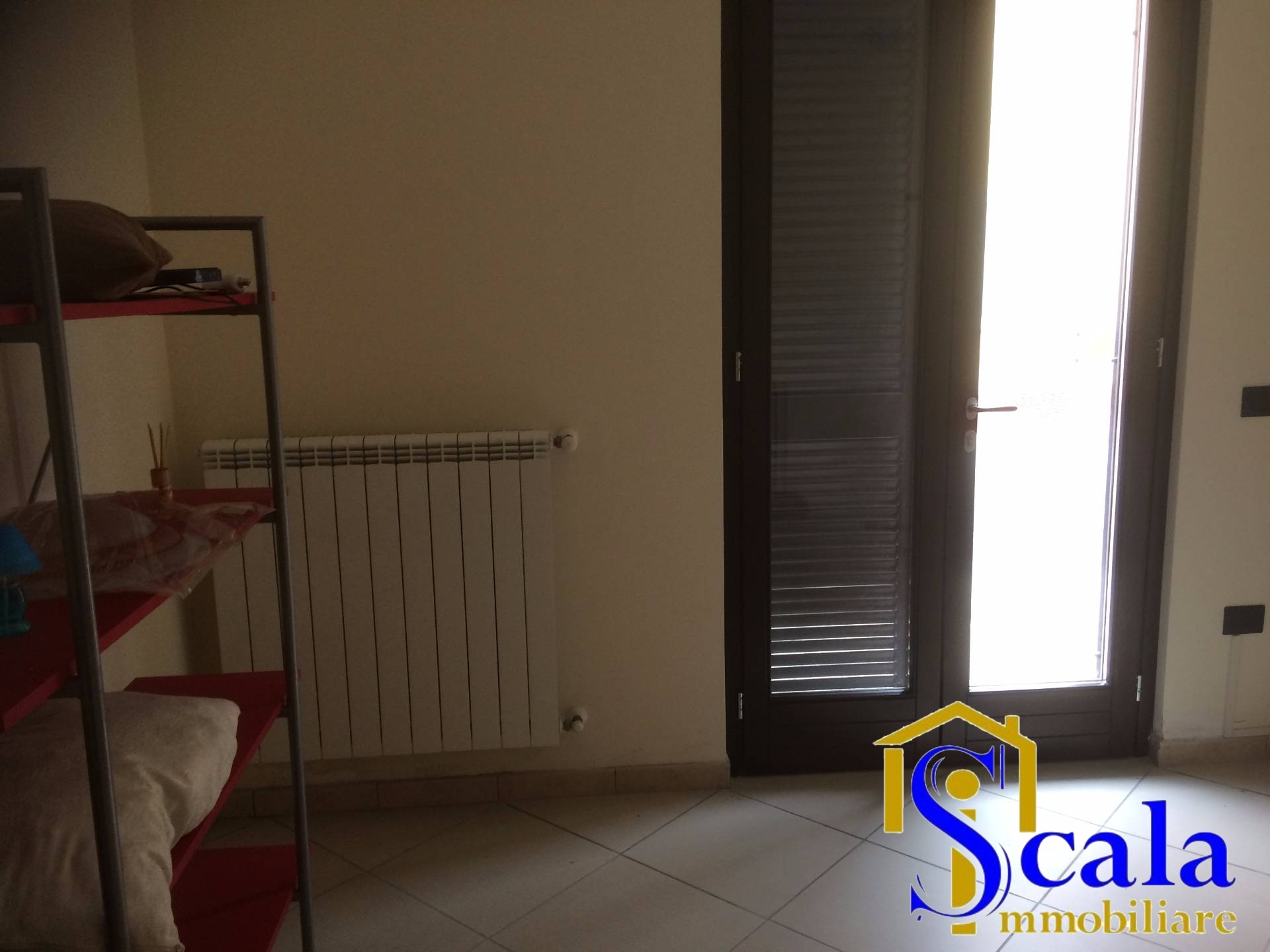 Appartamento in affitto a Portico di Caserta, 4 locali, prezzo € 450 | Cambio Casa.it
