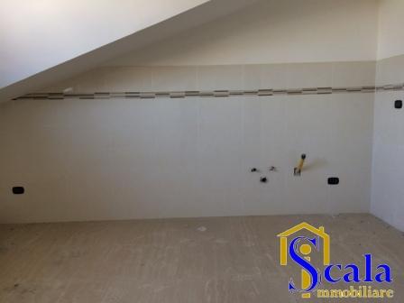 Attico / Mansarda in affitto a San Tammaro, 3 locali, prezzo € 370 | Cambio Casa.it